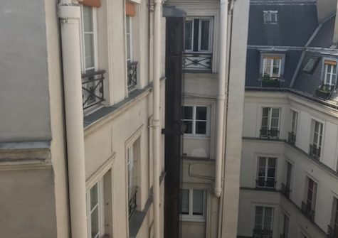 Lot 5 chambres de bonnes + couloir 50m2 rue St Georges Paris 9