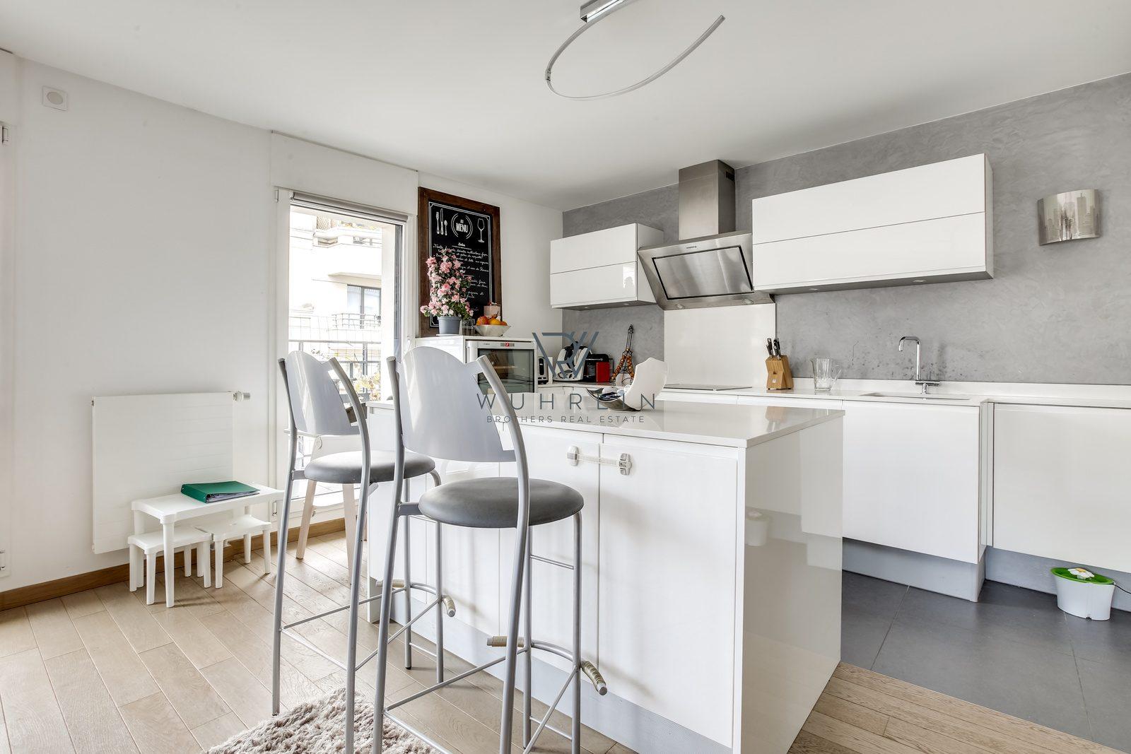 79m2 + 7m2 balcon rue Paul Vaillant-Couturier Levallois-Perret