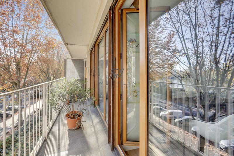 73m2 + balcon quai du Président Carnot Saint-Cloud